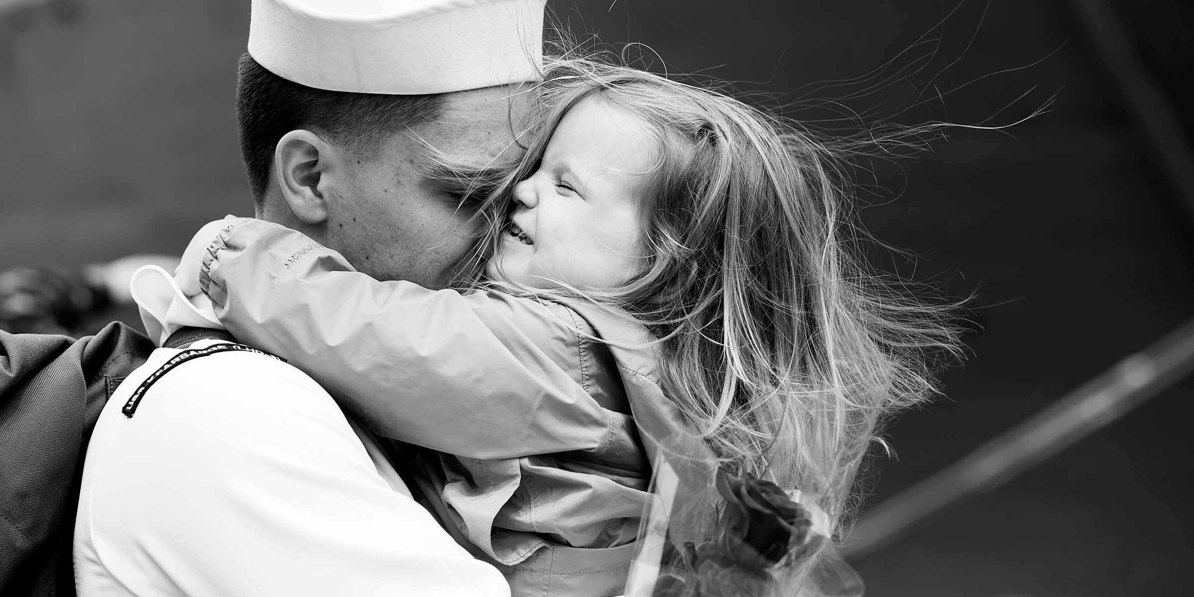 military-homecoming-photographer-in-norfolk